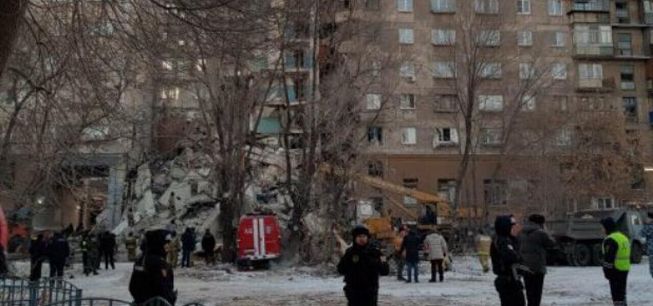 Russia, esplosione di gas in condominio