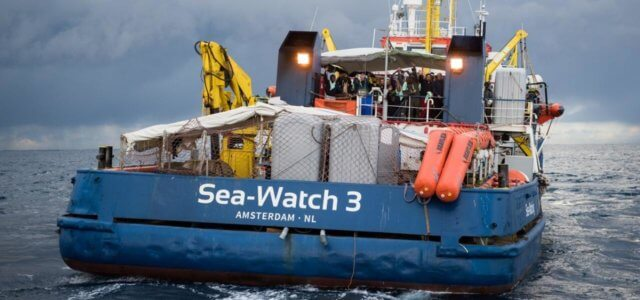 SeaWatch 3 migranti