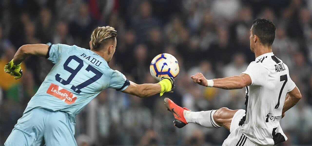 Ionut Radu Ronaldo Genoa Juventus lapresse 2019