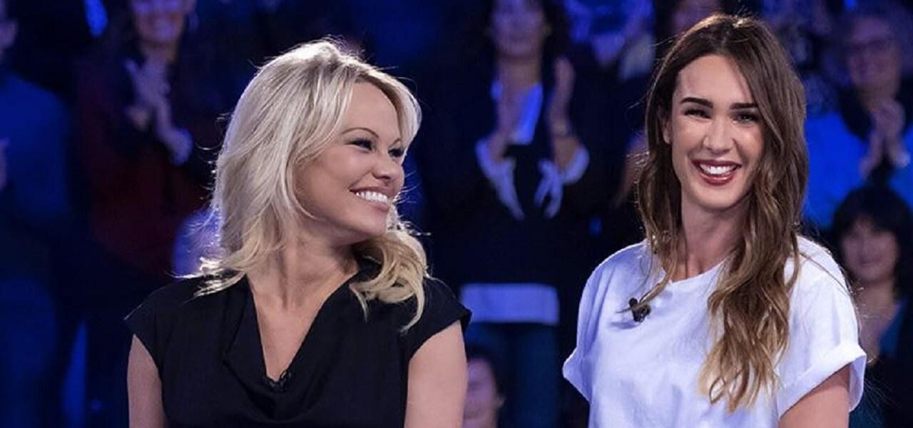 Pamela Anderson e Silvia Toffanin (Verissimo)