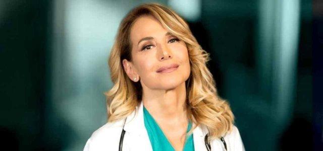 Barbara d'Urso è la Dottoressa Gio' (Instagram, 2019)