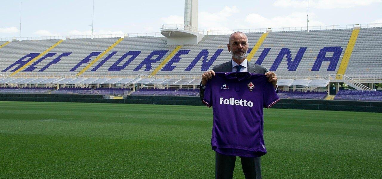 Pioli Fiorentina maglia stadio lapresse 2019