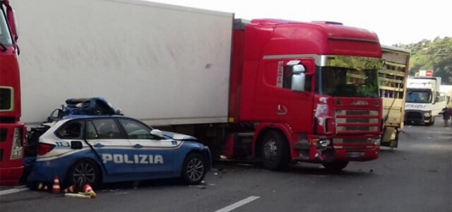 Incidente sulla Catania-Messina: 3 morti
