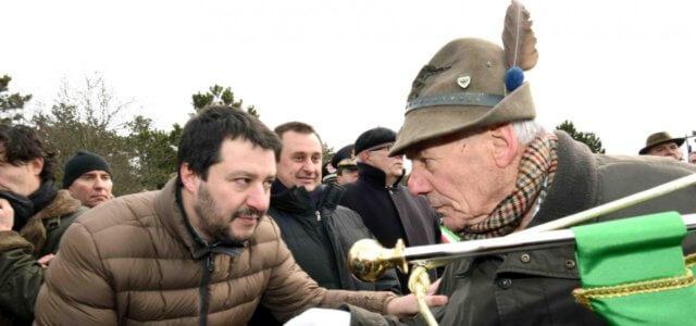 Salvini in visita alle foibe