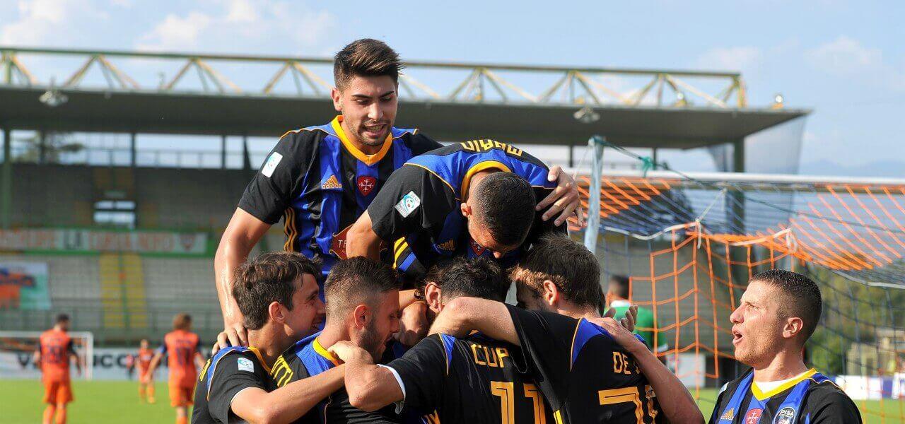 Moscardelli Pisa gruppo gol lapresse 2019