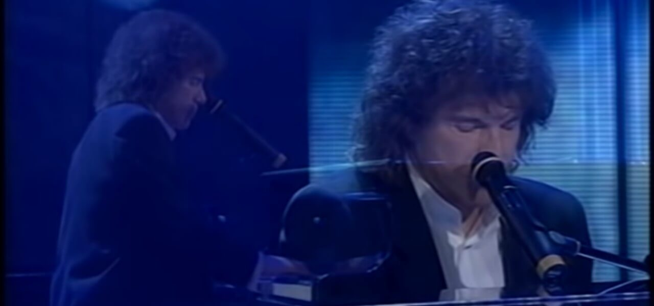 """1dcd59d2add7 RICCARDO COCCIANTE  Canta """"Margherita"""" con Claudio Baglioni"""