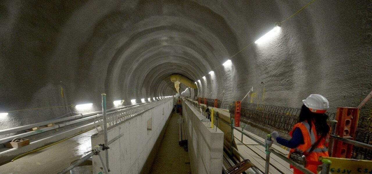 Operaio Galleria Tunnel Lapresse1280