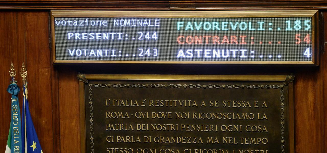 Senato approva legge su taglio parlamentari
