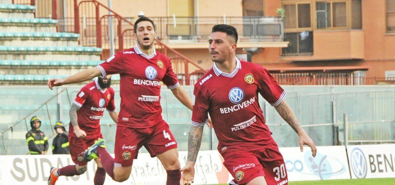 Reggina esultanza Serie C