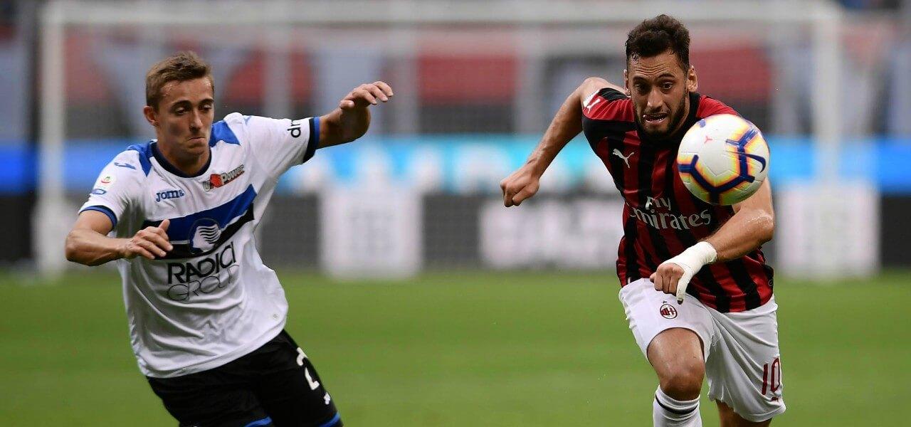 Calhanoglu Castagne Milan Atalanta lapresse 2019