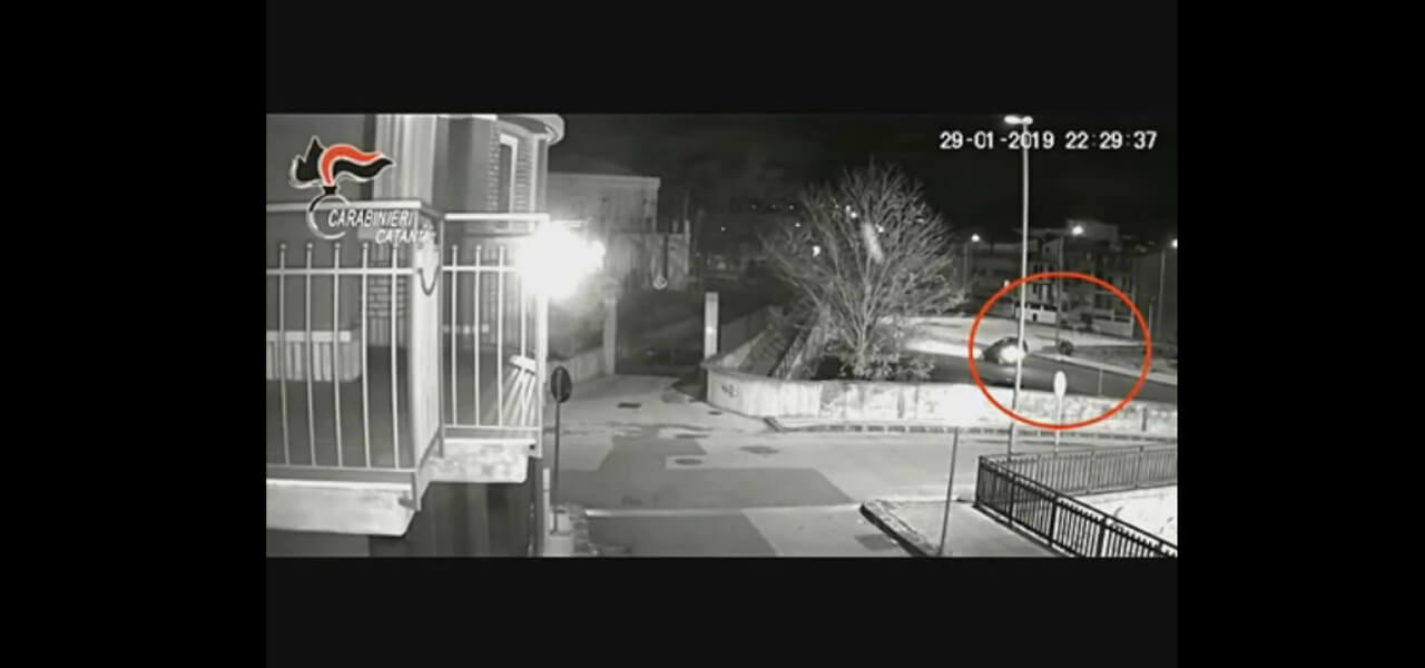 Video choc da Catania: ragazzo investito da 26enne