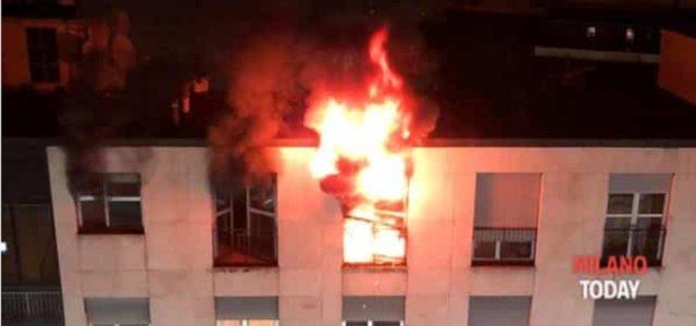 Incendio Milano, fiamme altissime (Video da Milano Today)