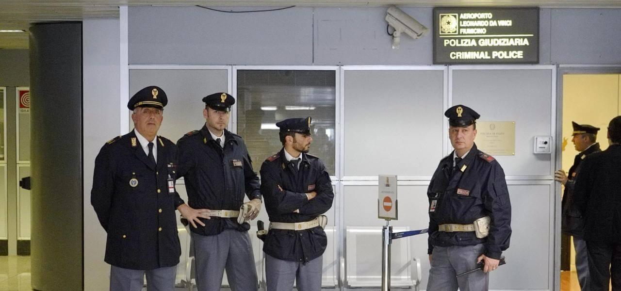 Polizia a Fiumicino
