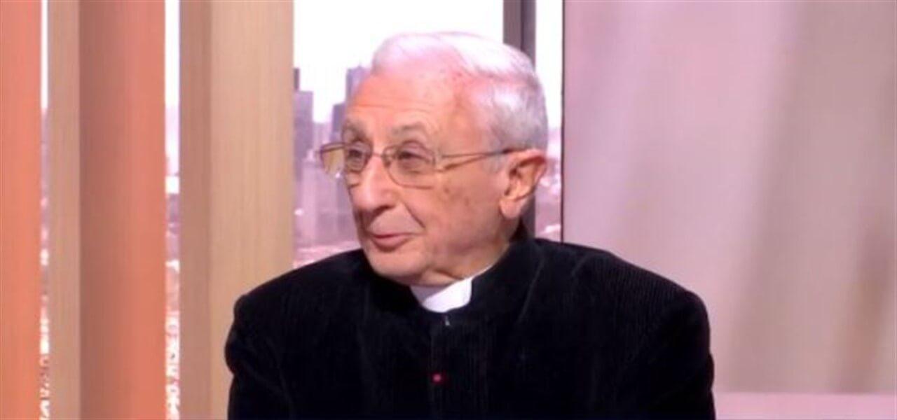 """Pedofilia nella Chiesa/ Prete choc: """"Sono i bambini a cercare attenzione"""""""