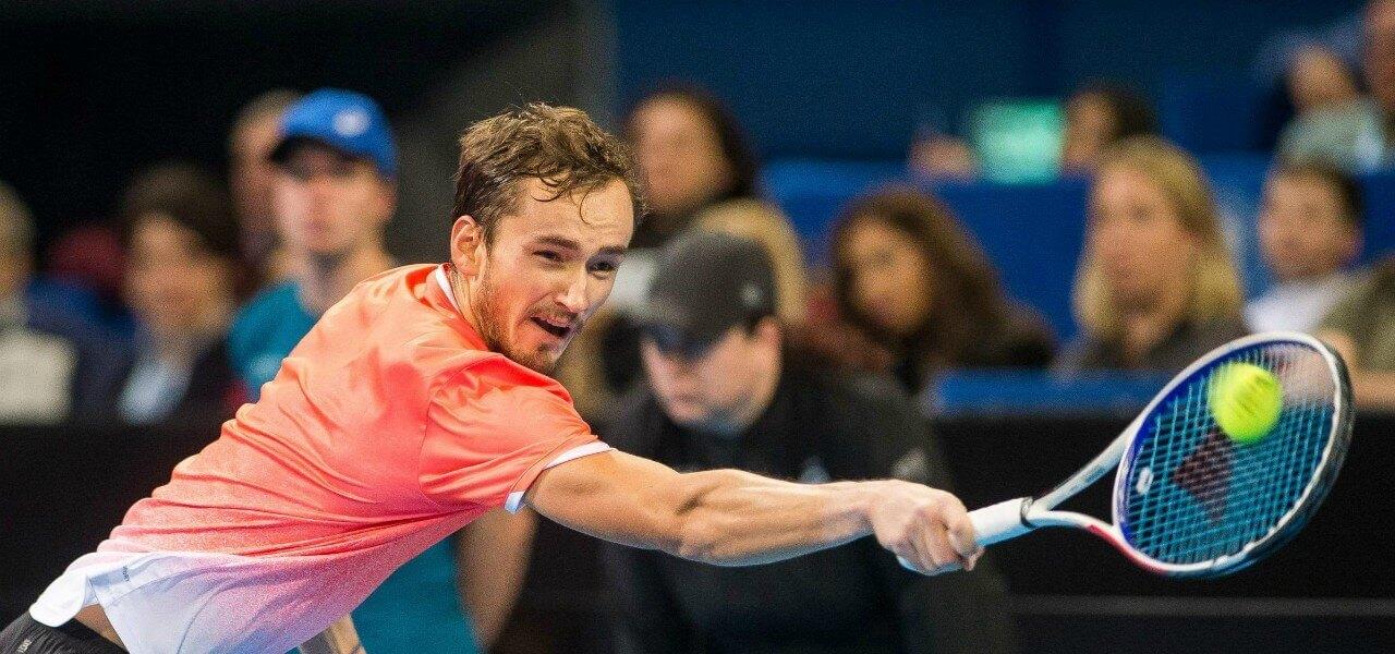 Daniil Medvedev rovescio tennis lapresse 2019
