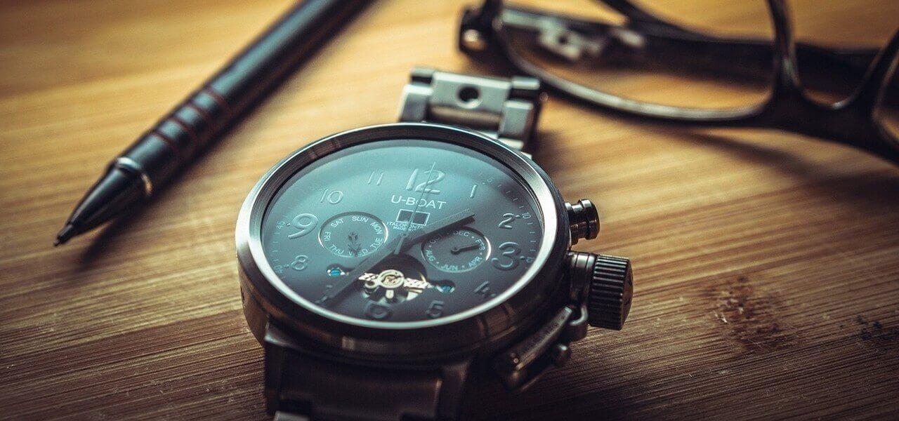 orologio tavolo pixabay1280