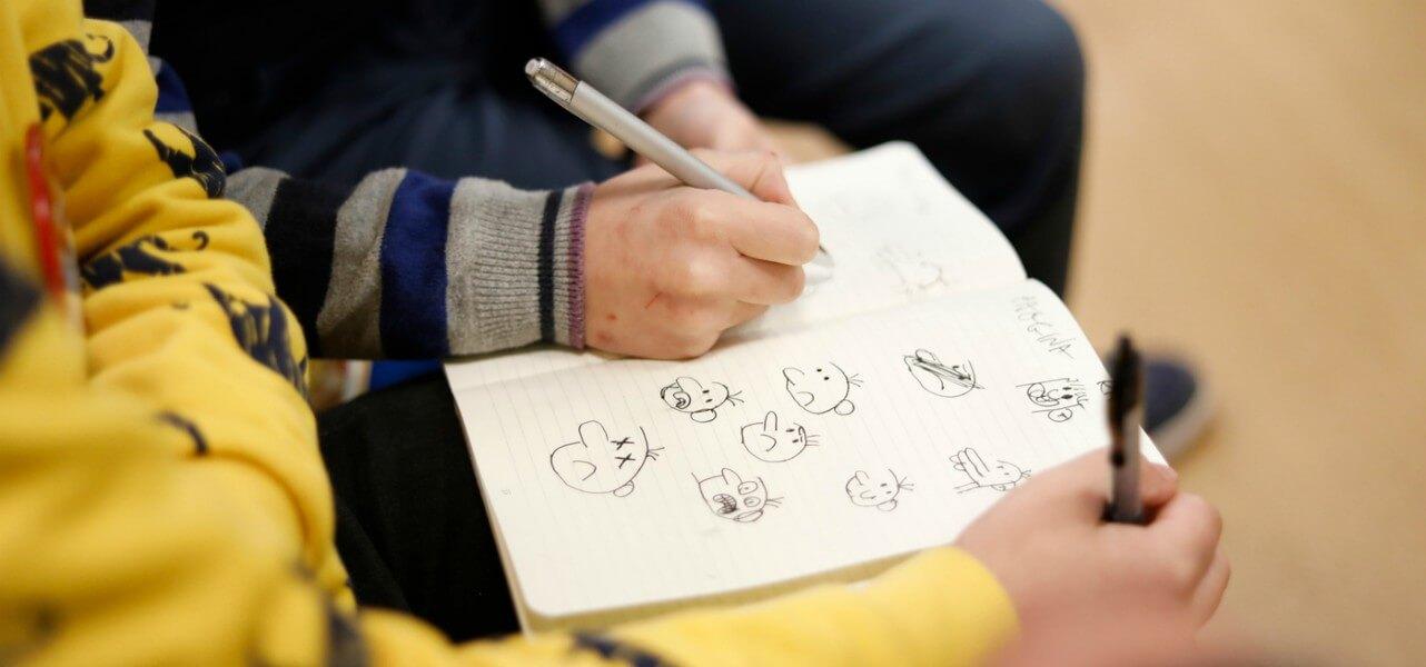 scuola elementare alunni disegno lapresse1280