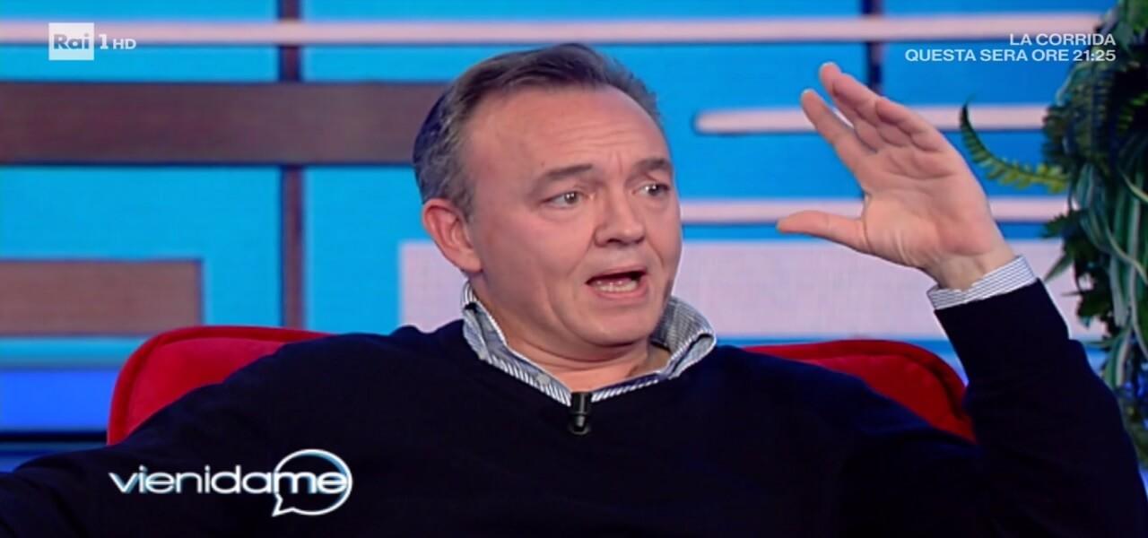 """Emanuele Salce a Vieni da me/ """"I miei due papà Luciano e Vittorio ..."""