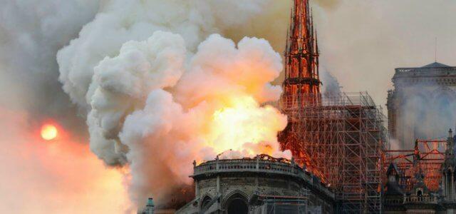 notredame parigi incendio 1 lapresse1280 640x300