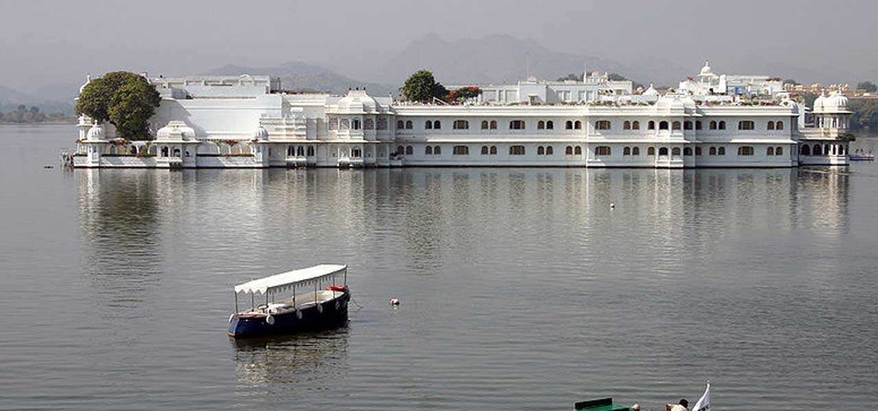 Il Lake Palace Hotel in India