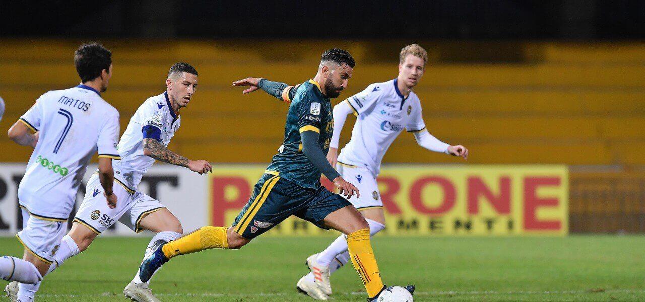 Massimo Coda Benevento tiro Verona lapresse 2019