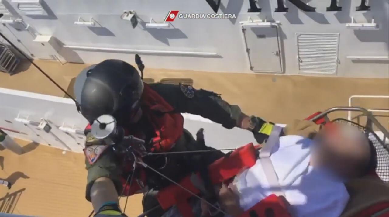 Guardia Costiera, intervento su crociera