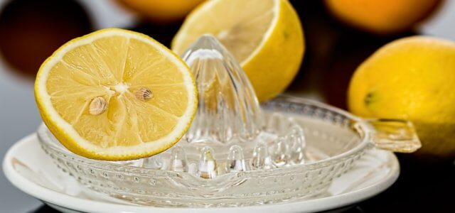Limone acqua calda coronavirus