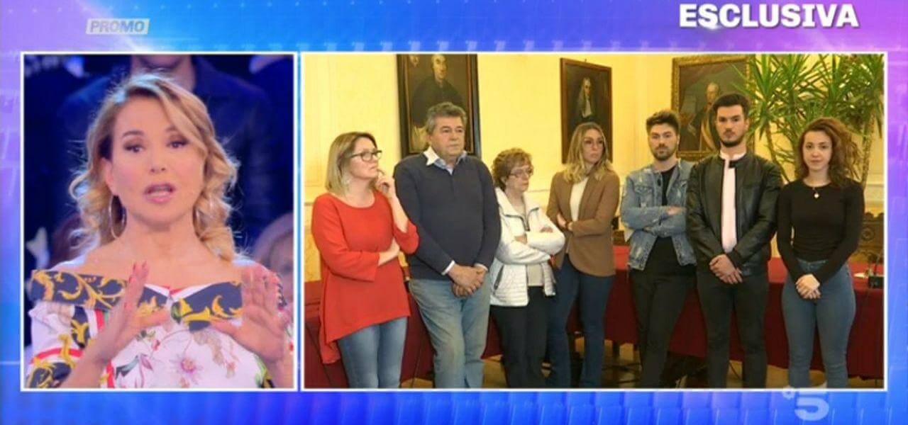 Cartelli omofobi a Mantova: