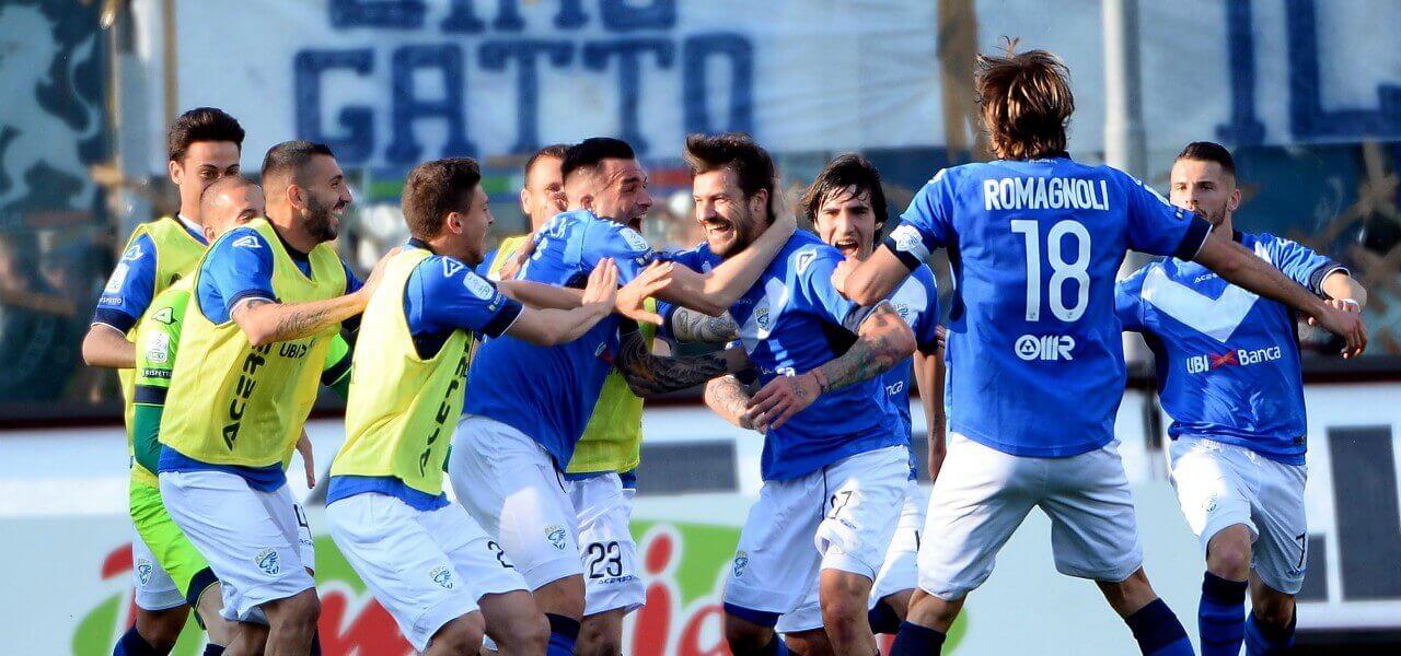 Dessena Brescia gol festa lapresse 2019