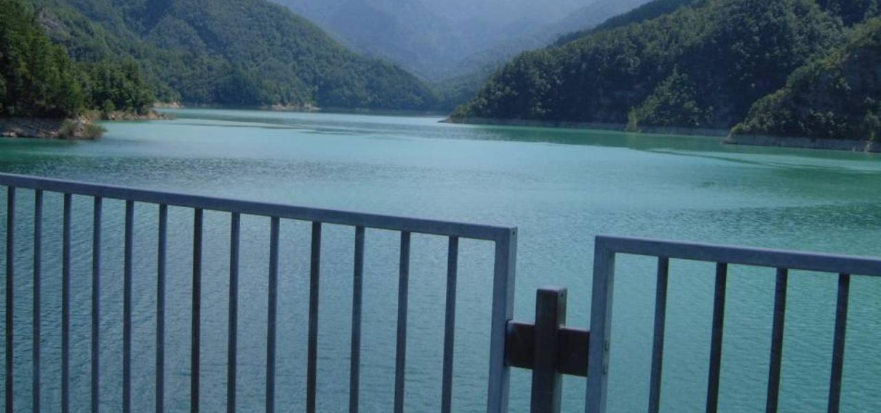 Lago di Ridracoli visto dalla diga