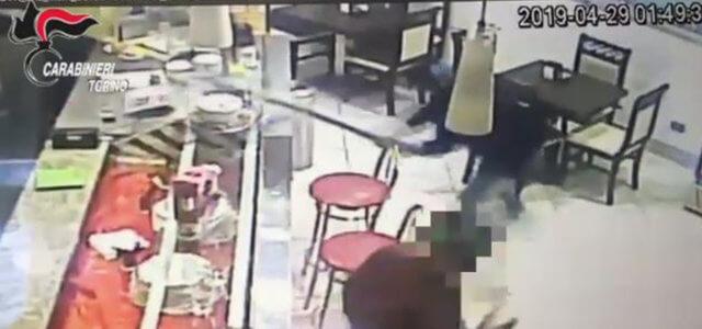 Ubriaco distrugge bar a Torino