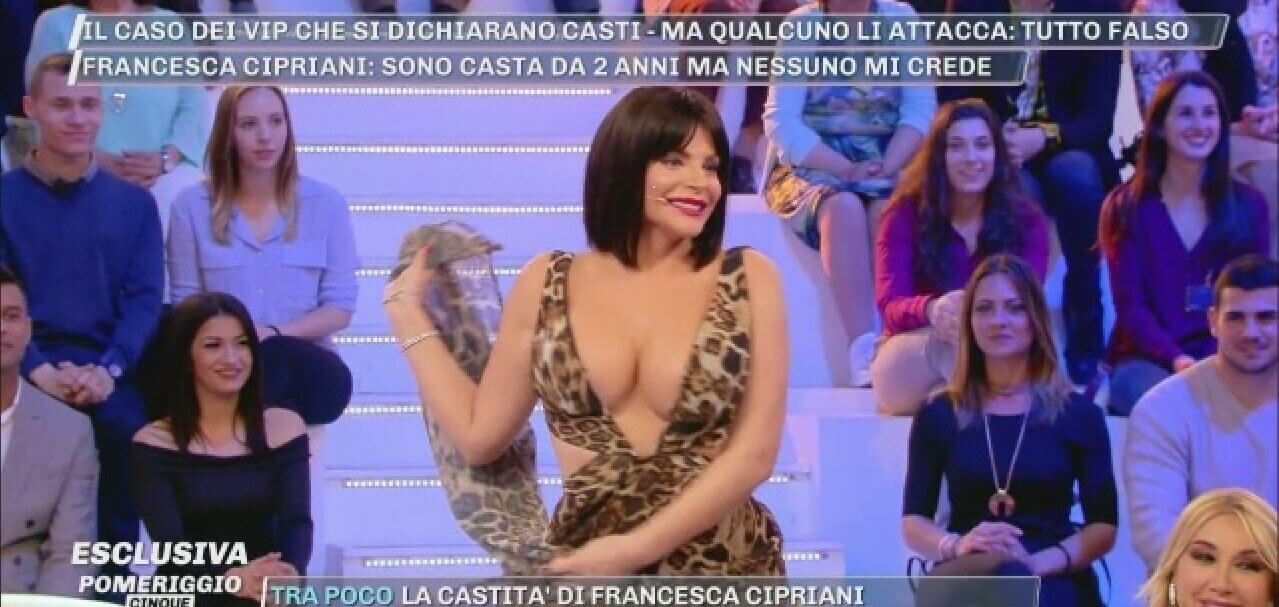 Francesca cipriani pomeriggio5 hot