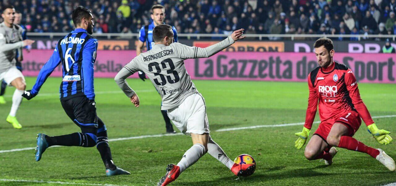 Bernardeschi Berisha Palomino Juventus Atalanta lapresse 2019