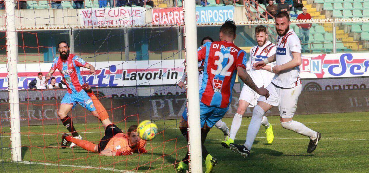 DIRETTA/ Catania Potenza (risultato finale 1-1) streaming e tv: Di ...