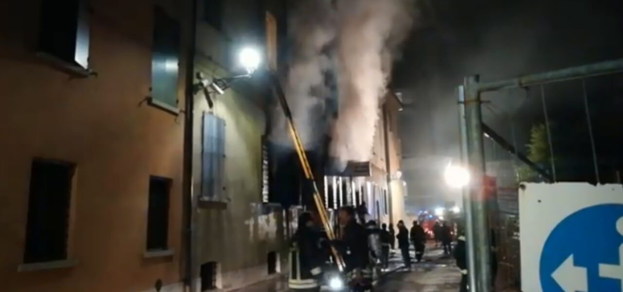 incendio polizia mirandola 2019 facebook