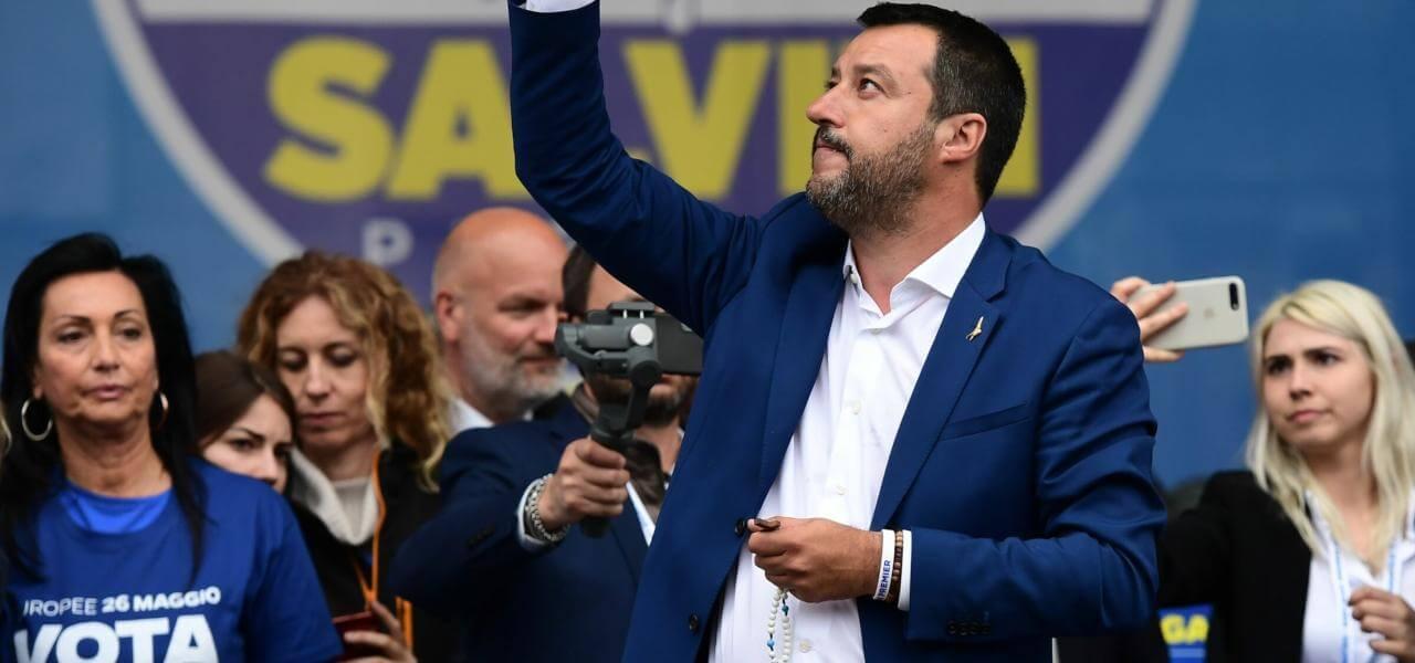 Salvini in comizio a Milano