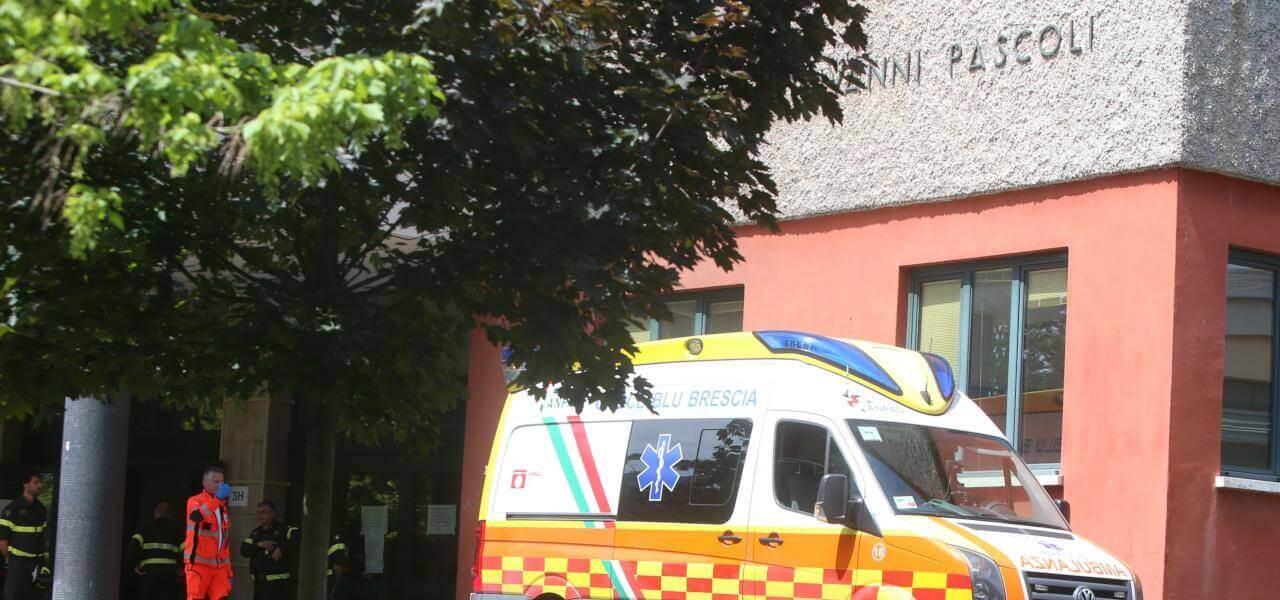 Prof suicida a Brescia