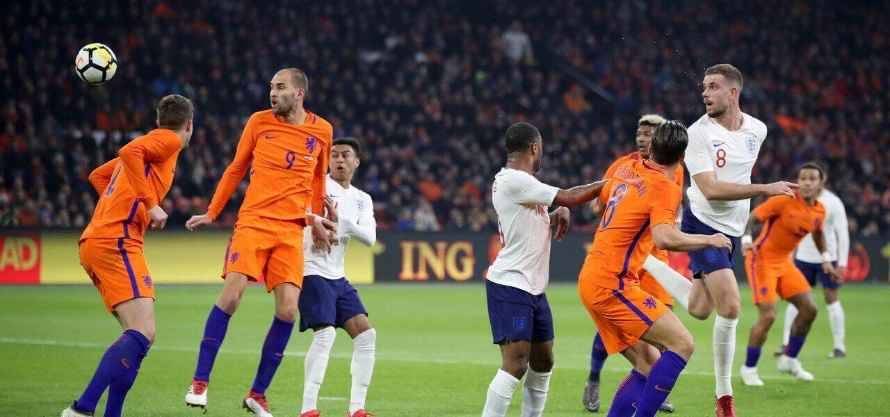 Olanda Inghilterra area mischia lapresse 2019