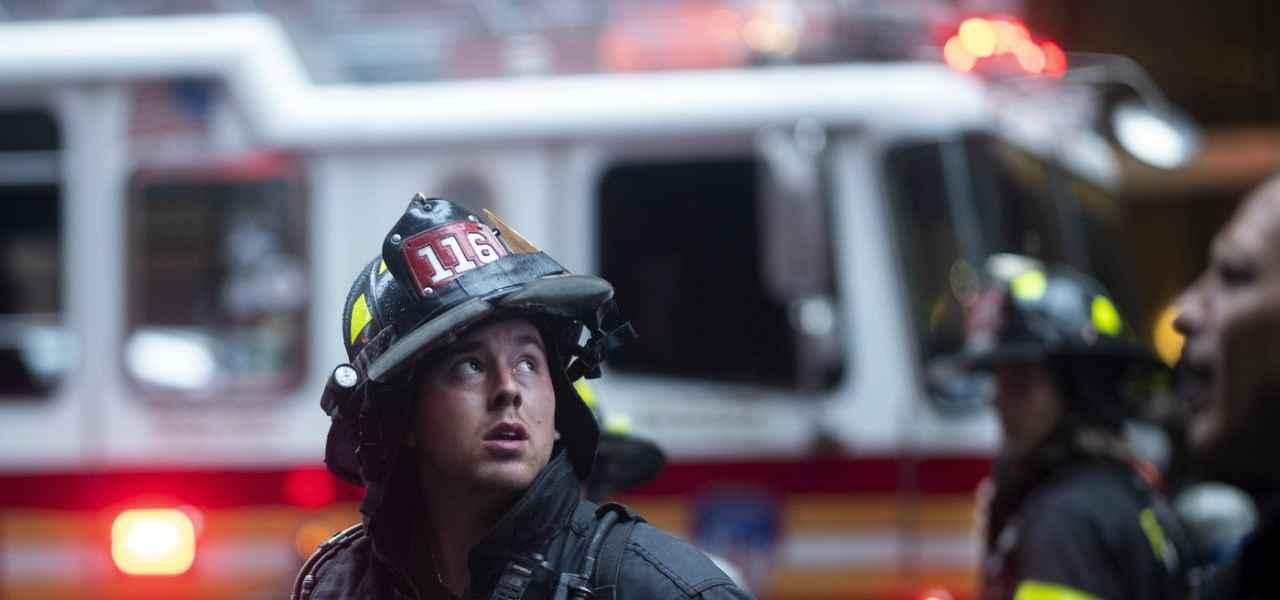 ae9e102201 NEW YORK, ELICOTTERO CONTRO PALAZZO/ Perché oggi sarà come se nulla fosse  accaduto?