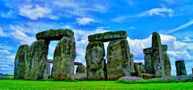 stonehenge solstizio pixabay 640x300