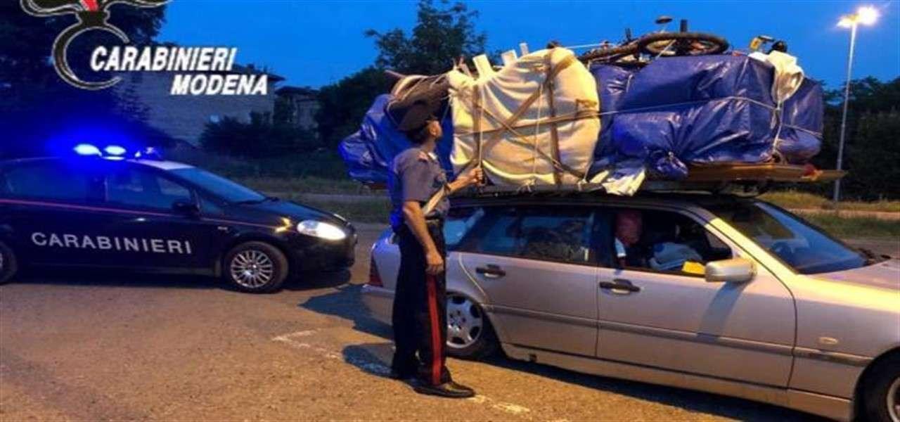 camera da letto auto fermato carabinieri