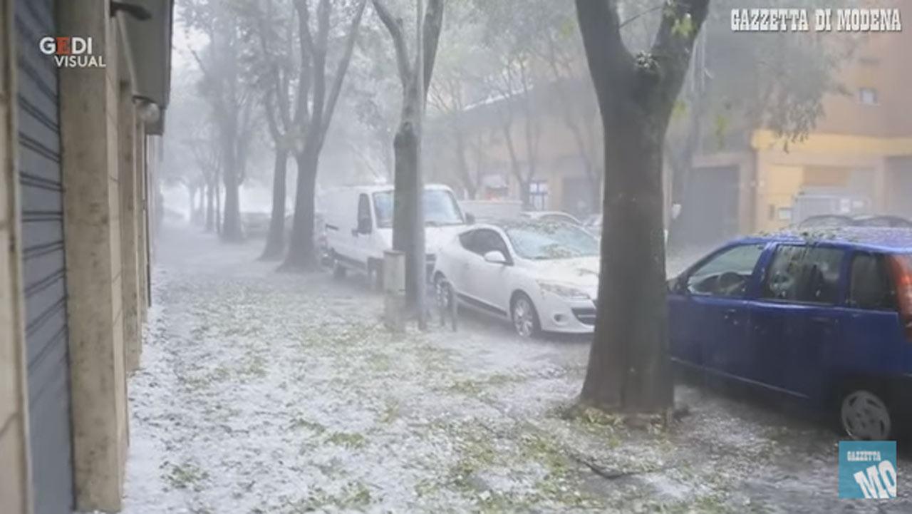 Modena, grandinata (Yt)