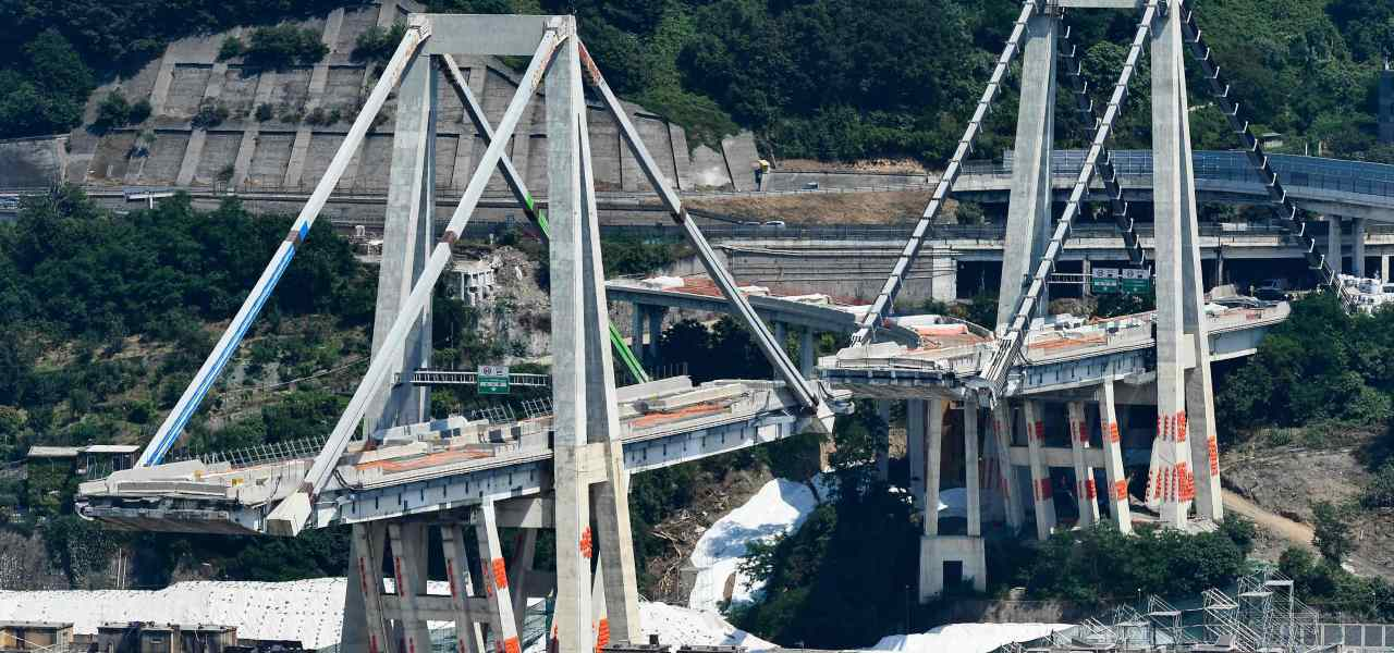 Ponte Morandi, demolizione