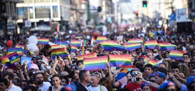 Milano Pride lapresse1280 640x300