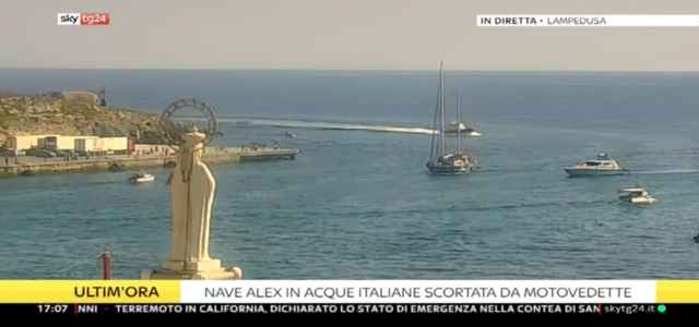mediterranea nave alex skytg24 640x300
