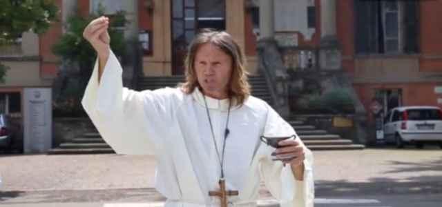 padre david bibbiano esorcismo 640x300