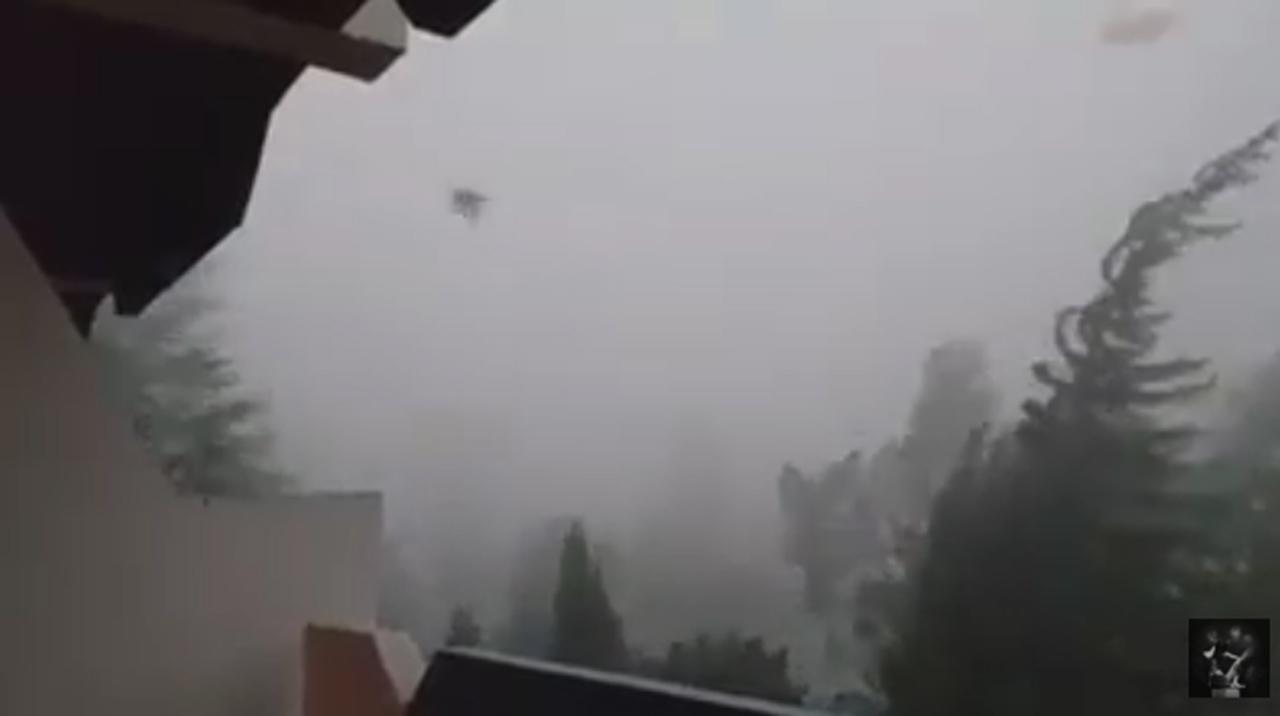 Tornado in Grecia (Yt)