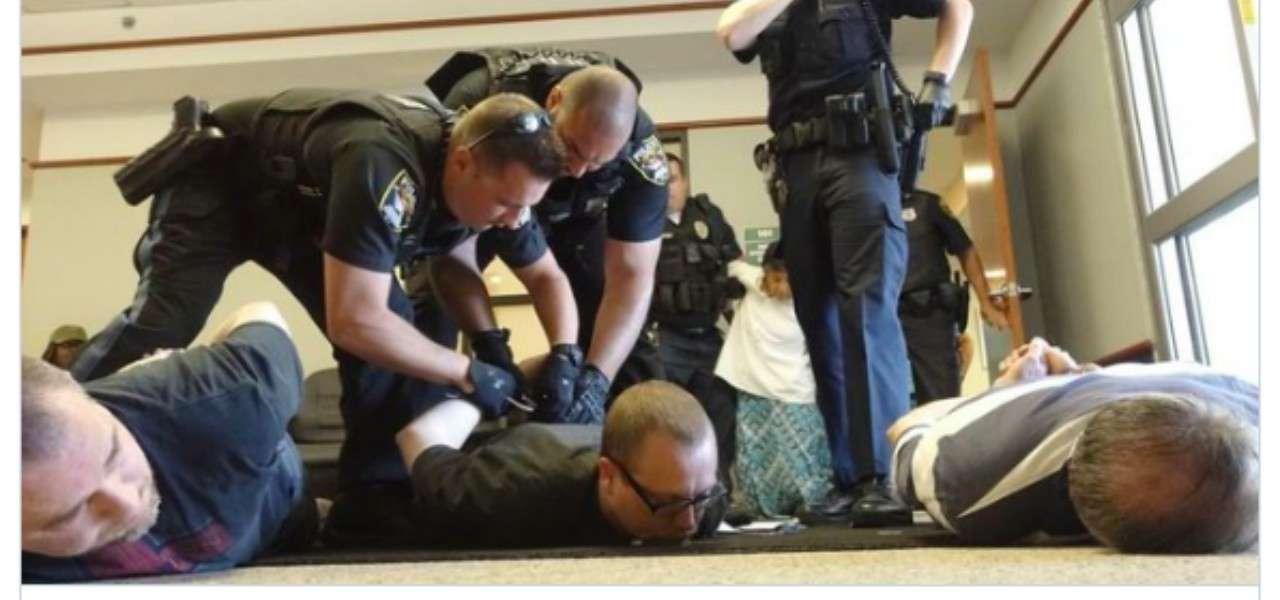 preti arrestati usa
