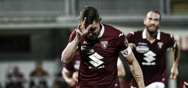 """Il """"Gallo"""" Belotti esulta dopo un gol (foto La Presse)"""