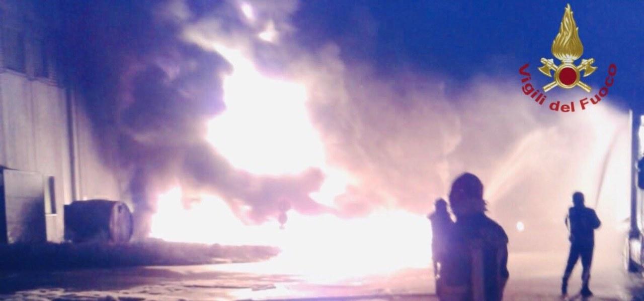 incendio faenza tw vigili fuoco